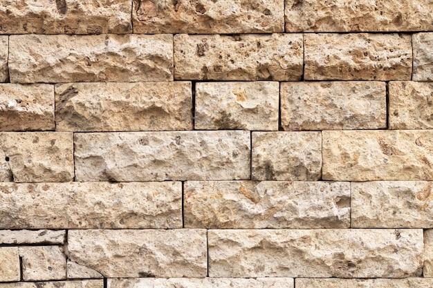Parede de tijolos antigos em ruas urbanas