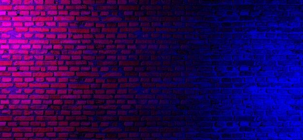 Parede de tijolos com luzes de néon