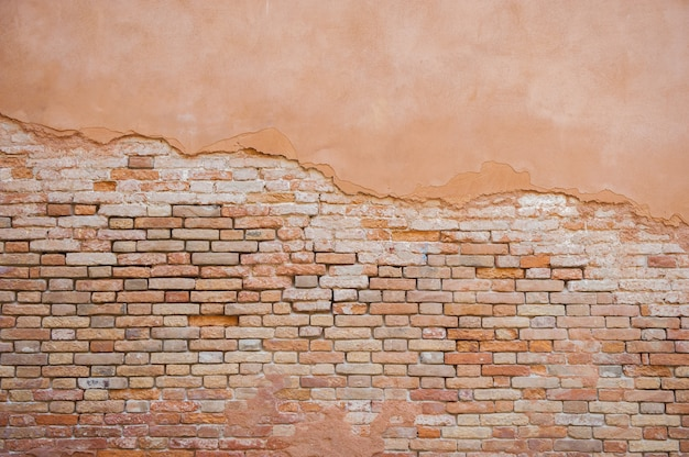 Parede de tijolos na cidade velha veneza, itália