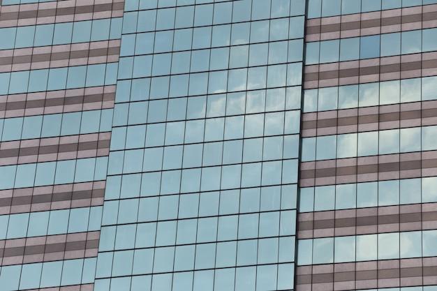 Parede do edifício alto ou vidro do arranha-céus.
