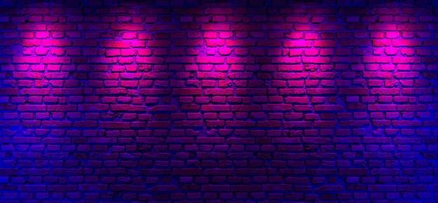 Paredes de tijolo e fundo com luz de néon
