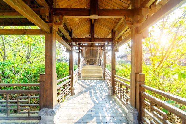 Parque da cidade antiga de qin e han, guizhou, china.