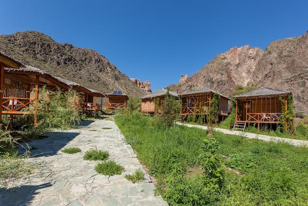 Parque ecológico no desfiladeiro charyn, desfiladeiro charyn no cazaquistão. o vale dos castelos.