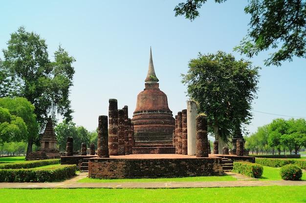 Parque histórico de sukhothai, província de sukhothai, tailândia