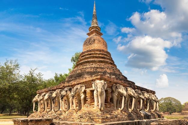 Parque histórico de sukhothai, tailândia