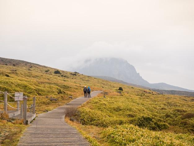 Parque nacional da montanha hallasan na ilha de jeju
