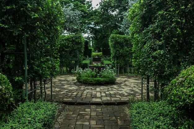 Parque público em conceito de jardim inglês para exterior