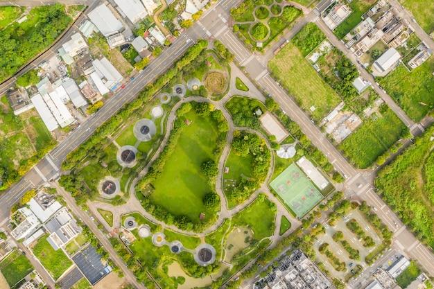 Parque verde e divertido em uma cidade em taichung, taiwan, ásia
