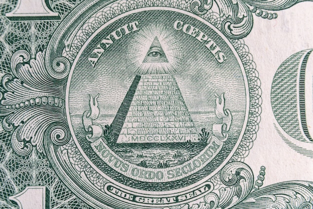 Parte de uma nota de dólar com selo macro tiro