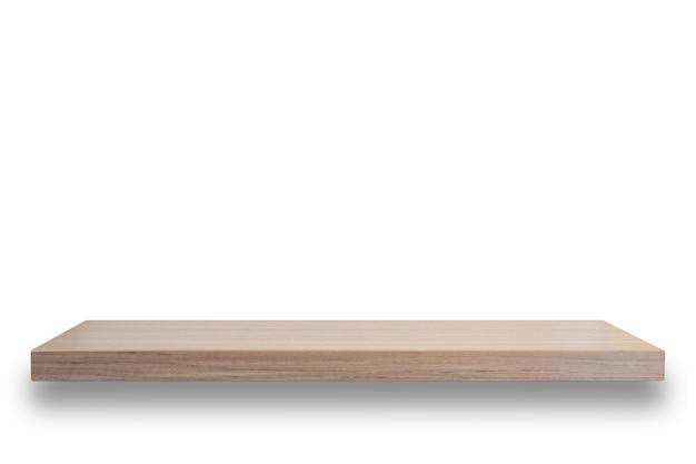 Parte superior vazia da prateleira de madeira isolada no fundo branco. para a exposição do produto