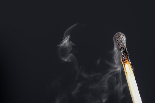 Partida extinta com fumaça
