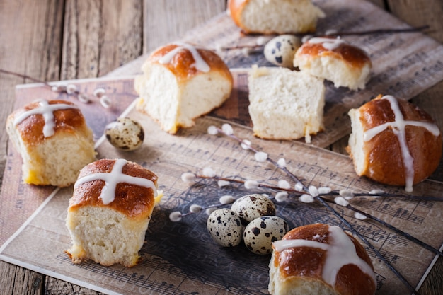 Páscoa hot cross buns o