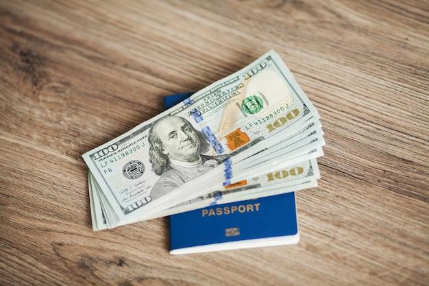 Passaporte ucraniano. saindo de férias. trabalho no exterior