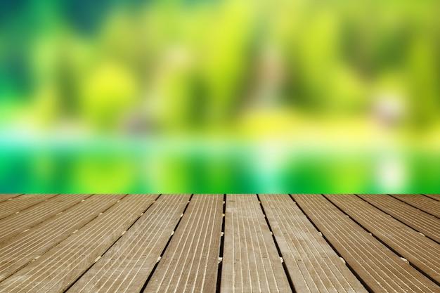 Passarela de madeira com visão turva
