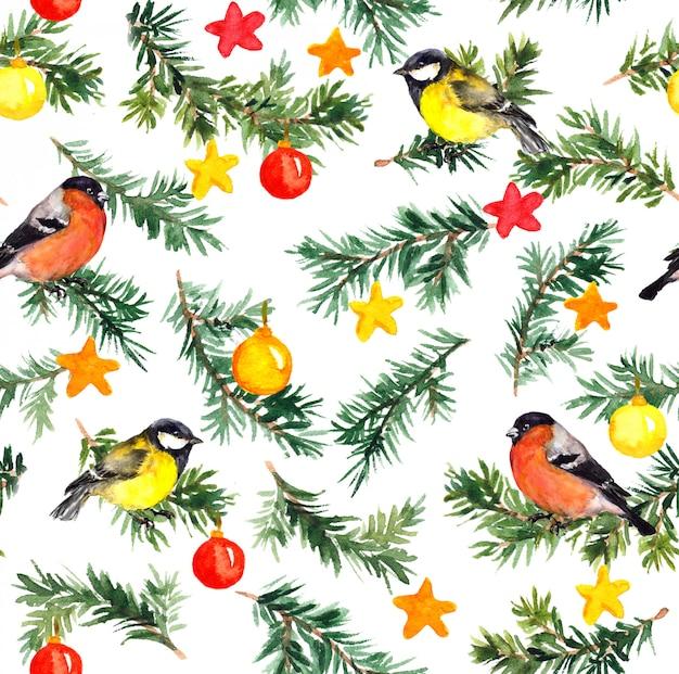 Pássaros na árvore do abeto com decoração de natal. padrão de aguarela