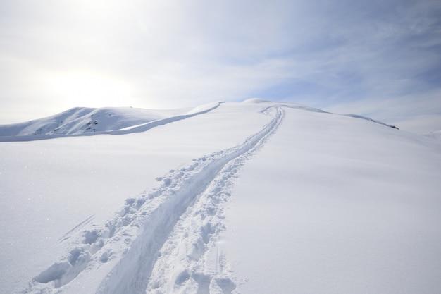 Passeio de esqui
