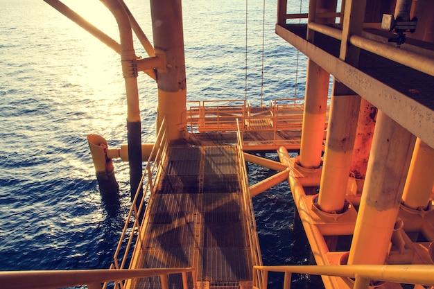 Passeio offshore indústria de oleoduto e produção de gás.