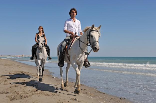Passeios a cavalo na praia