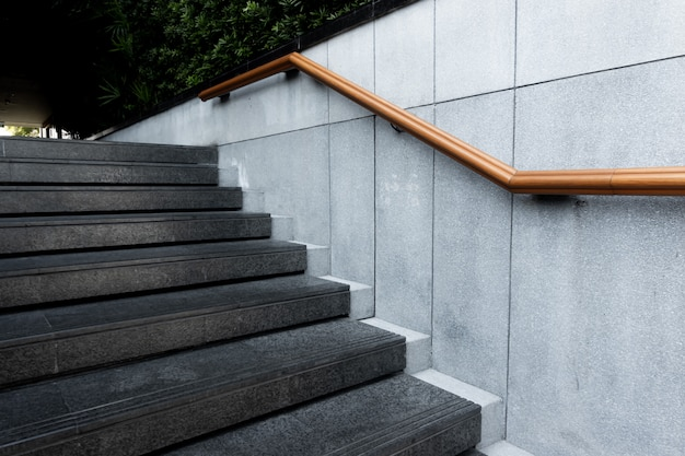 Passo da escada no caminho a pé