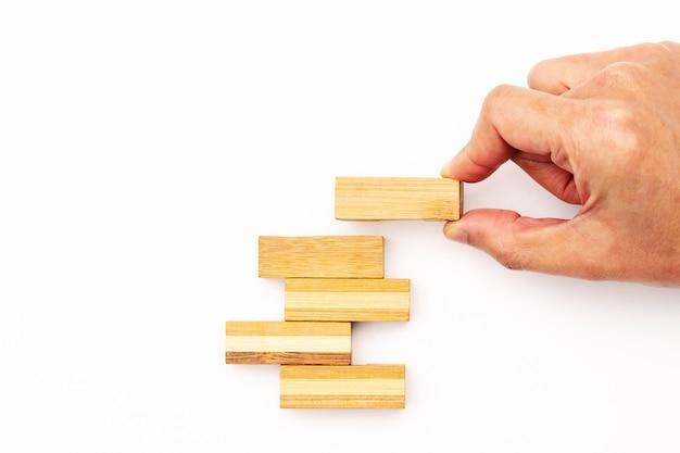 Passo de escada para o sucesso. conceito de negócio bem sucedido.