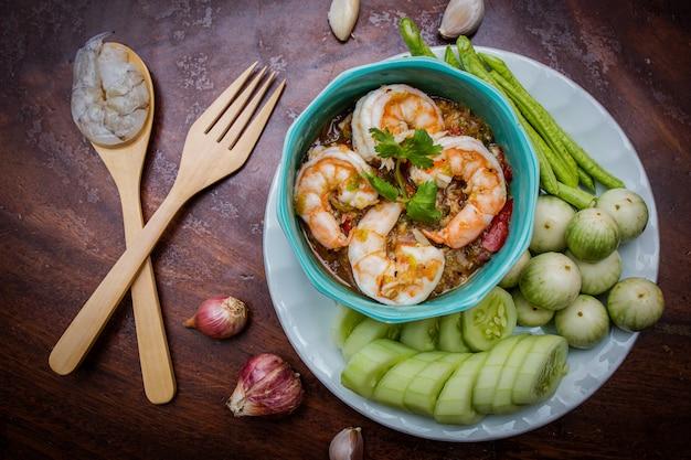Pasta de pimentão de camarão fresco