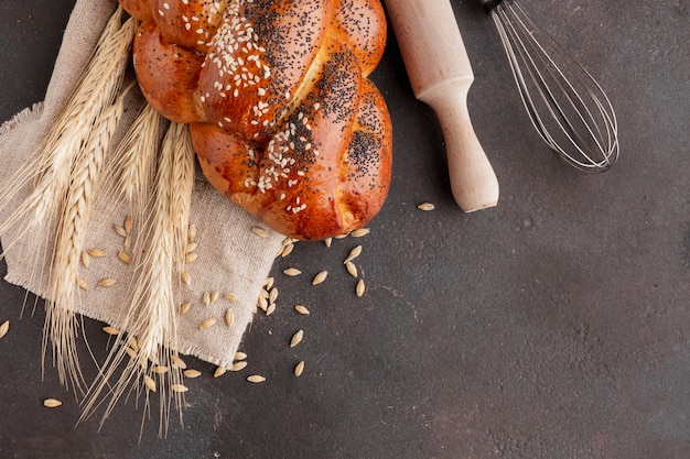 Pastelaria com trigo e rolo