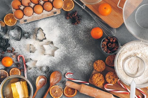 Pastelaria de natal cozinhar. conceito festivo de culinária de natal