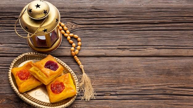 Pastelaria islâmica de ano novo com vista superior