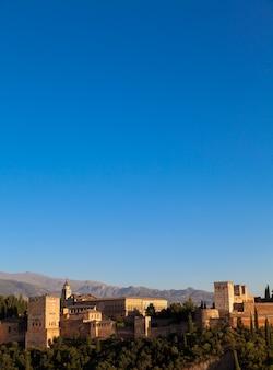 Patrimônio mundial da unesco, fotografado do melhor mirante em frente ao monumento ao pôr do sol