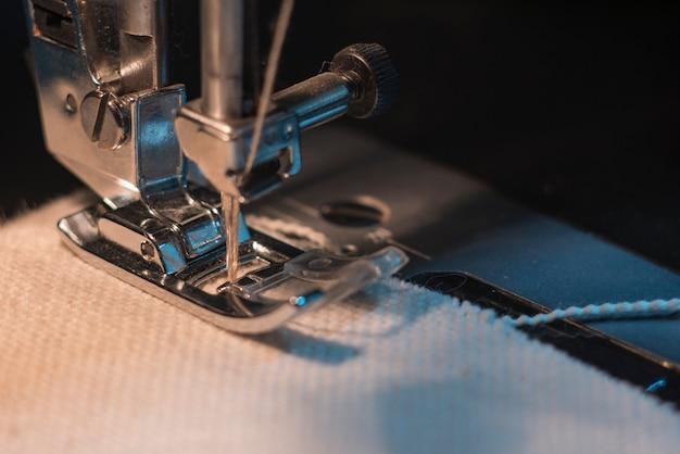 Pé de máquina de costura
