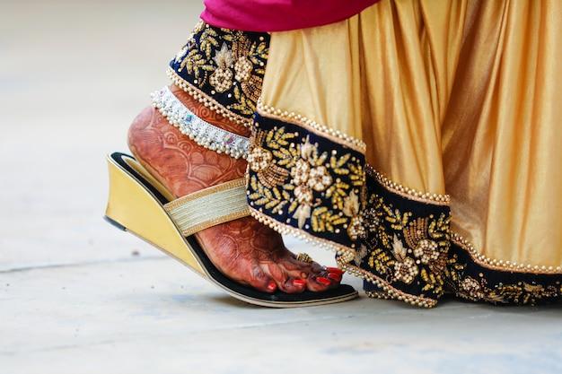 Pé de noiva, casamento indiano