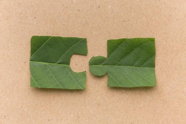 Peça de quebra-cabeça de folha