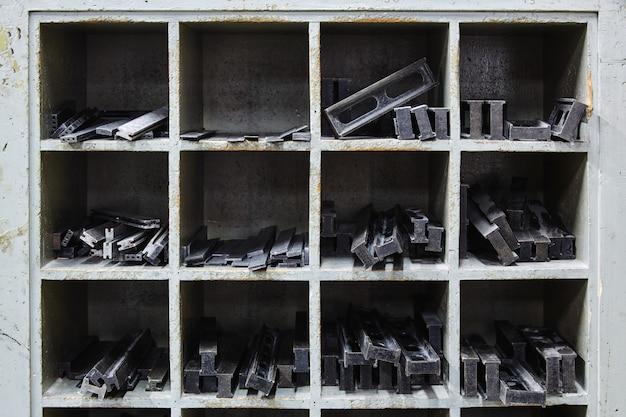 Peças de máquina de papel de perfuração de tintura