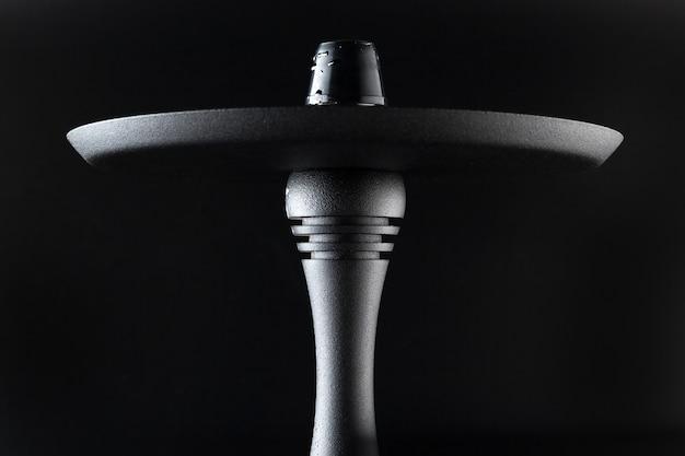 Peças de metal de cachimbo de água close-up