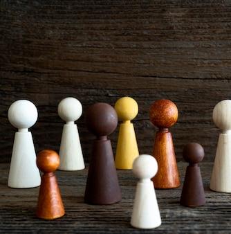 Peças de xadrez de madeira cópia-espaço