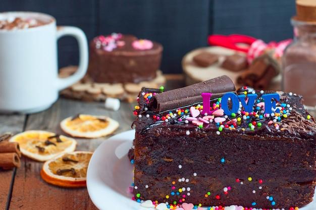 Pedaço de bolo de chocolate