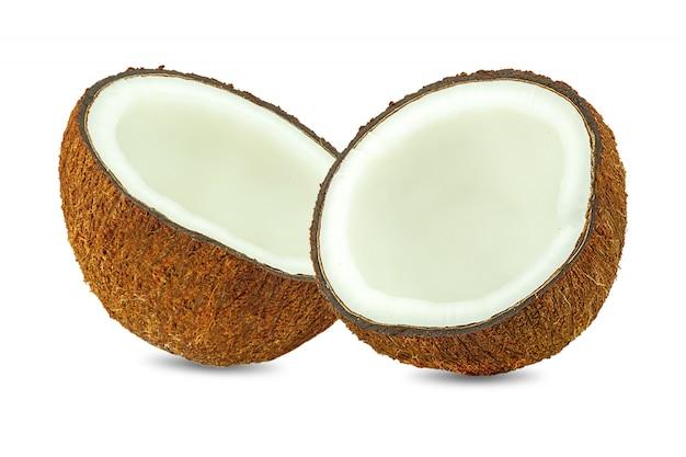 Pedaços de coco isolados no branco