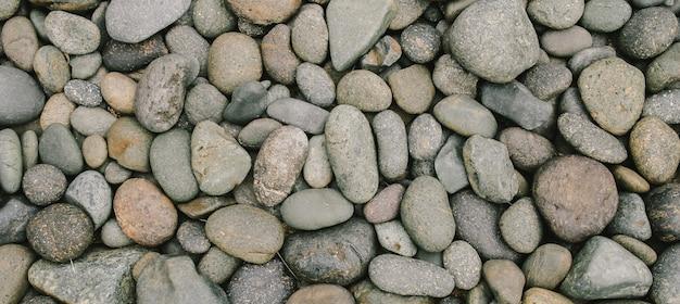 Pedra de rio ou pedra de seixos com filtro vintage