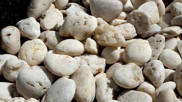 Pedras brancas de perto
