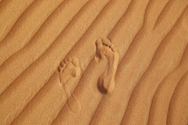 Pegada na areia do deserto