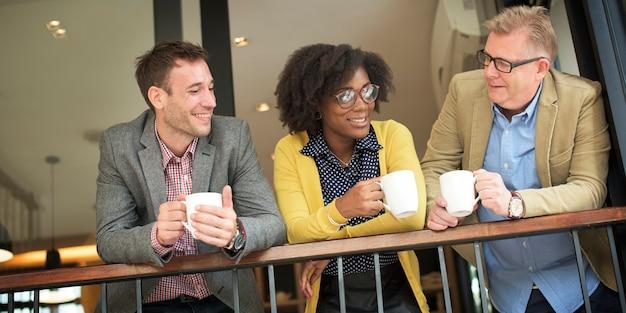 Pegue um café com seus colegas