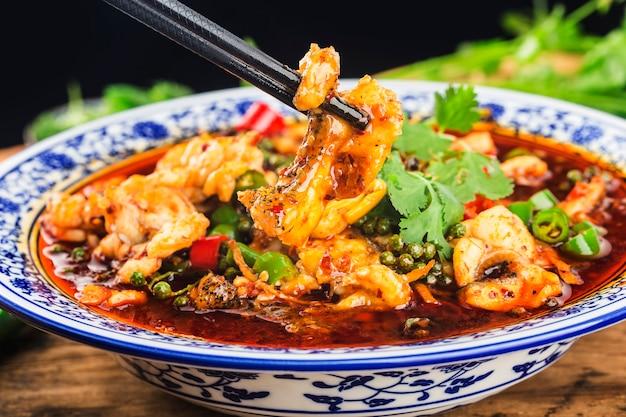 Peixe cozido iguaria chinesa