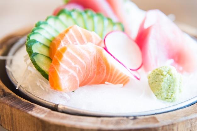 Peixe fresco sashimi