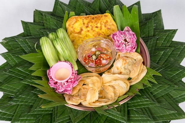 Peixe roti mataba (roti recheado). sobremesas tailandesas