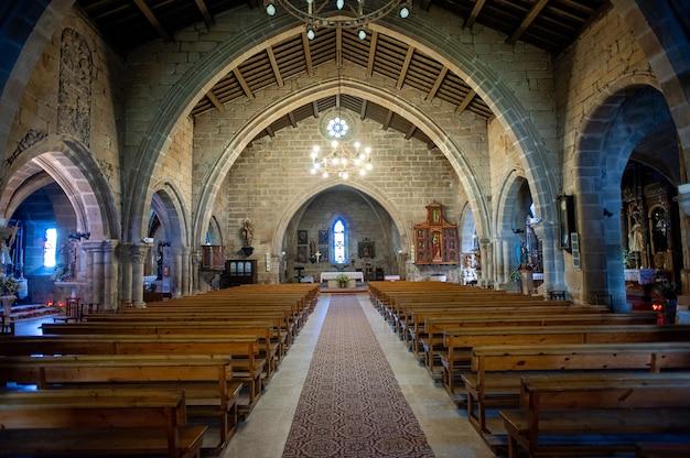 Pequena capela católica na galícia