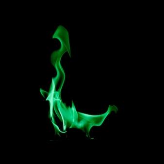 Pequena chama de fogo verde
