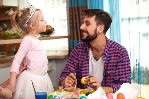 Pequena princesa e seu pai