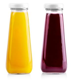 Pequenas garrafas de suco