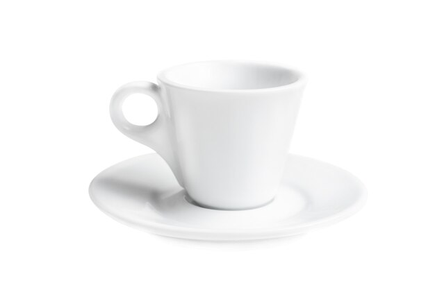 Pequeno copo de café branco vazio isolado