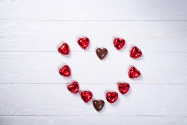 Pequenos corações, criando um grande coração